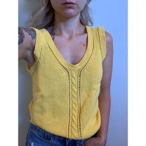 Small, MAGGIE, vintage primary yellow knit tank 🌻